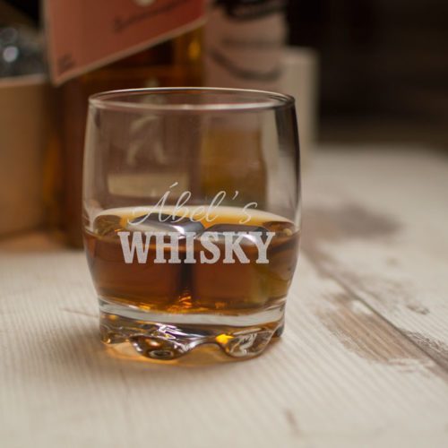 egyedi-whisky-pohar-keszlet-ferfiaknak