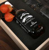 whiskys-ajandek-otlet-ferfiaknak-fa-dobozban