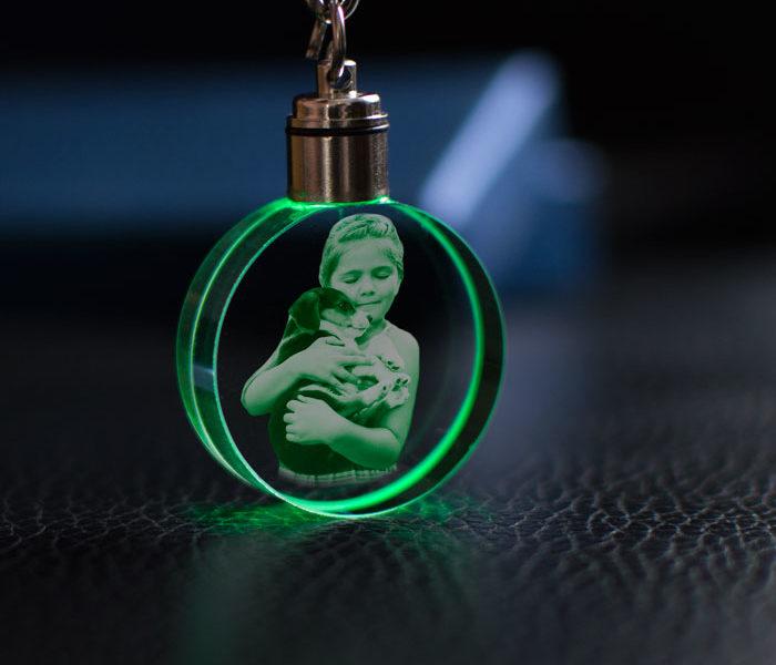uveg-kulcstarto-vilagito-kor-3D-gravirozott